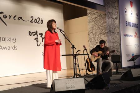 부싯돌상 수상자 나윤선 재즈 보컬리스트의 특별 공연.