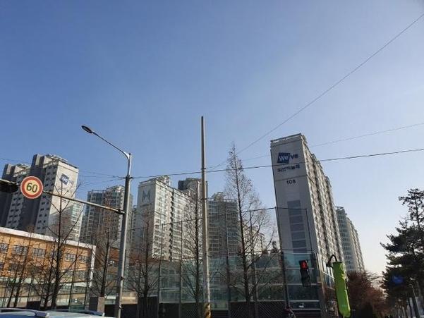 경기도 영통구 매탄동에 있는 대단지 아파트. /이진혁 기자