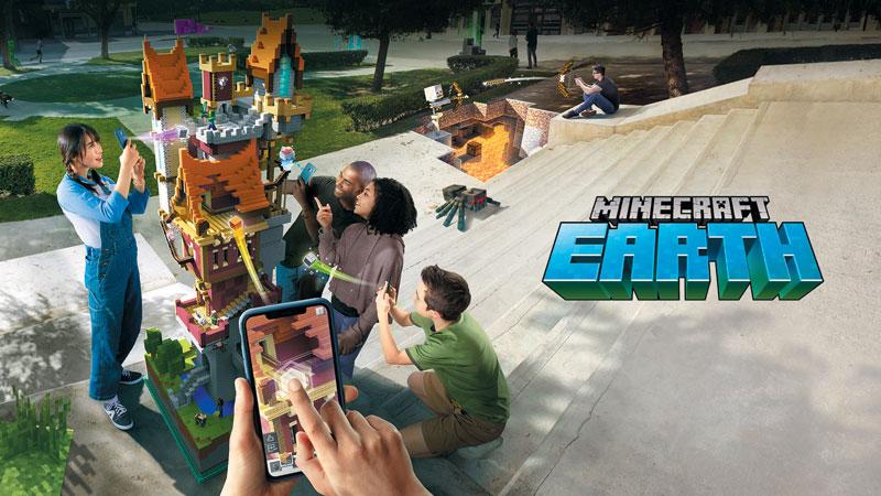 마인크래프트 게임은 게임 속에서 실물 크기의 건물을 짓거나 괴물을 만들어 모험을 즐길 수 있다. 창작에 제한이 없어 한 달에 1억1200만명이 애용한다.