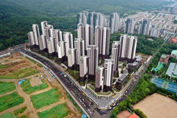 서울 강남구 개포동 개포주공3차를 재건축한 디에이치아너힐즈 전경. /현대건설 제공