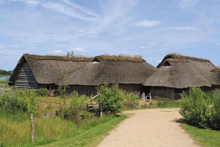 독일 슐레스비히 남쪽 헤데비(Hedeby)에 복원된 바이킹 마을.