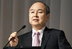손정의 소프트뱅크 회장이 지난해 일본 도쿄에서 기자회견을 하고 있는 모습. /EPA 연합뉴스