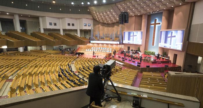 예배는 집에서… 여의도순복음교회 유튜브 생중계