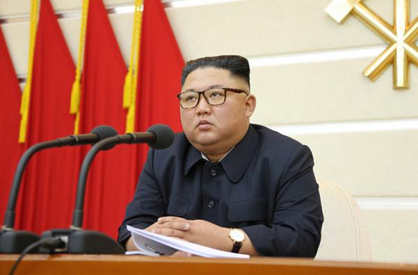 김정은 북한 국무위원장이 주재한 노동당 정치국 확대회의에서 우한 코로나(코로나19) 문제를 논의하고 당 고위 간부 해임을 결정했다고 북한 노동당 기관지 노동신문이 지난달 29일 보도했다. /노동신문