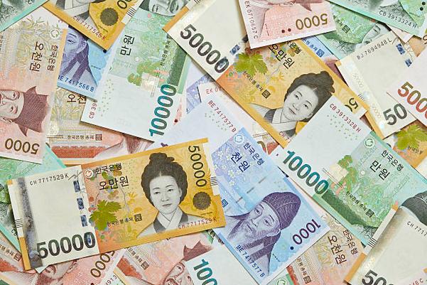  국내에서 유통되는 지폐들. /연합뉴스