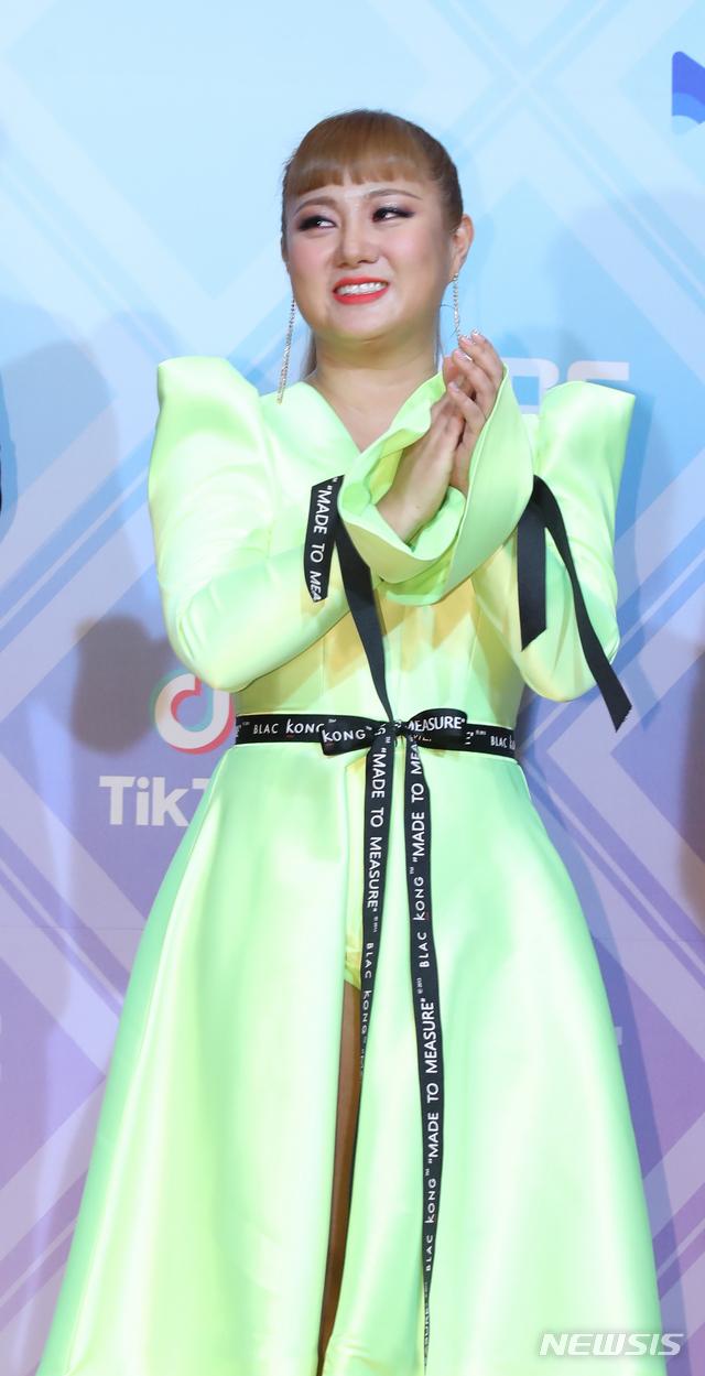 박나래, MBC 방송연예대상 대상 수상 영예