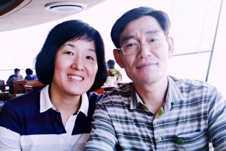 5명의 환자에게 장기를 기증한 정현숙(왼쪽)씨가 생전에 남편인 김종섭씨와 함께 한 모습.