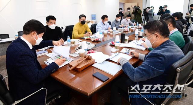 KBO실행위가 오는 31일 자가격리에 들어간 외국인 선수들 관련 문제를 논의하기로 했다. 최문영 기자  deer@sportschosun.com