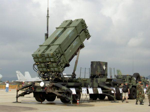 최근 청주기지에 긴급배치된 것과 같은 형의 패트리엇 PAC-3 CRI 미사일. 발사대 1기당 16발의PAC-3 미사일이 장착돼 있다. /유용원의 군사세계