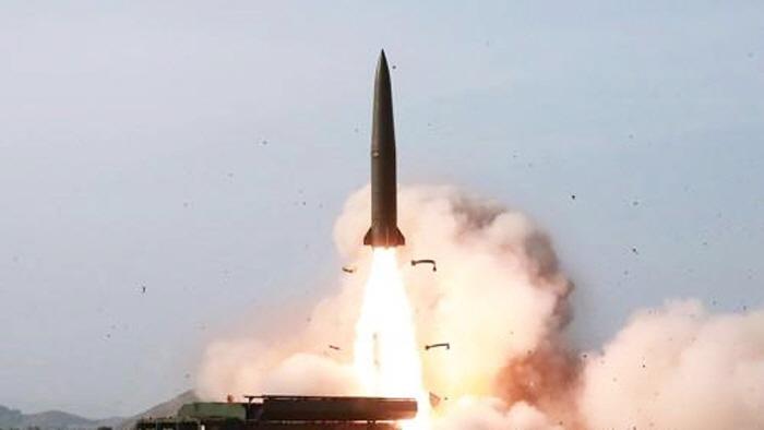 기존 한.미 미사일 방어망으로 요격이 어려운 북한판 이스칸데르 미사일 / 조선중앙TV