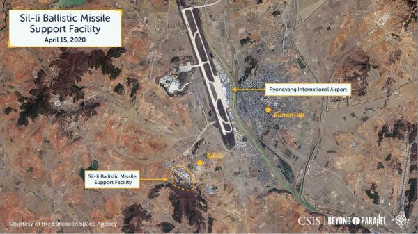 지난달 15일 평양 인근 신리 지역의 탄도미사일 지원 기능으로 추정되는 시설이 지어지고 있는 모습./Courtesy of the European Space Agency