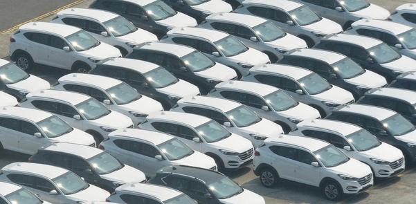 울산 현대자동차 출고센터에 차량들이 세워져 있다. /조선DB