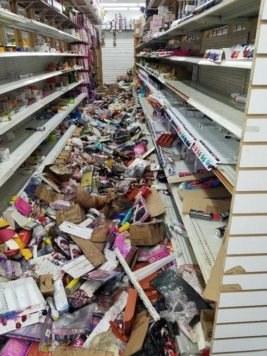 필라델피아에서 약탈당한 한인 상점 내부/필라델피아 한인회 제공