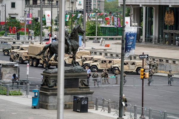 필라델피아 시내에 진주한 펜실베이니아주 주방위군 /로이터 연합뉴스
