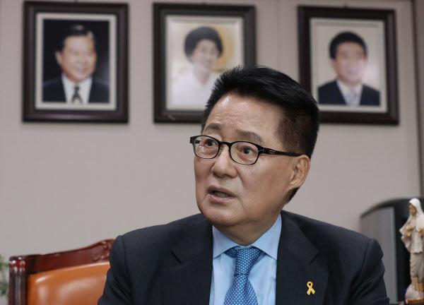 민생당 박지원 전 의원이 지난 1월 국회에서 본지와 인터뷰하는 모습. /오종찬 기자