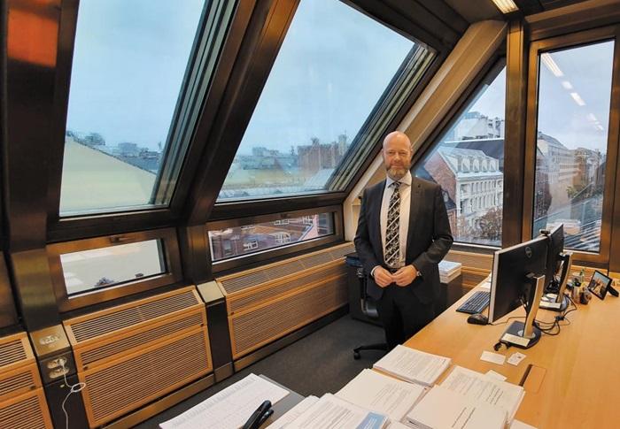 노르웨이 국부펀드 CEO(최고경영자) 집무실에서 만난 윙베 슬링스타드 대표.
