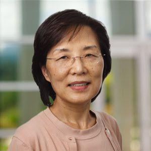 미국 스크립스연구소의 최혜련 교수. 이번 코로나와 같은 계열인 사스 바이러스의 숙주세포 결합과정을 처음으로 규명한 바 있다./스크립스 연구소
