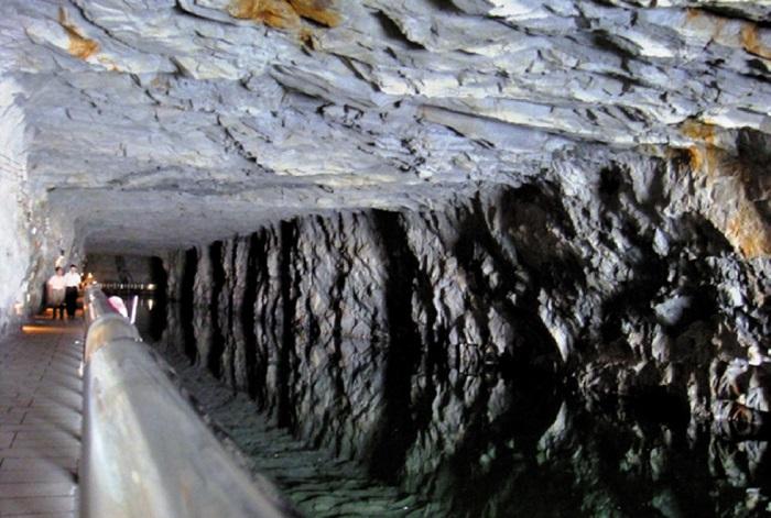 진먼 섬에 구축된 지하 터널. 국부천대 이후 계속 이어진 중국의 공격을 막아낼 수 있었던 방어 시설이다.