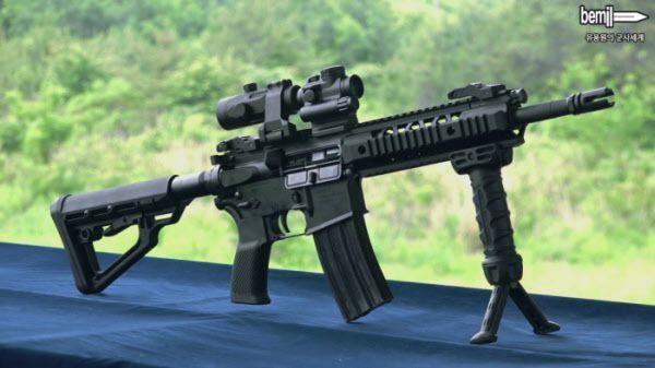 차기 특수작전용 기관단총 체계개발 대상으로 선정된 다산기공의 DSAR-15PC. 앞으로 3년간의 추가개발을 거쳐 1만6000여정이 특전사 등에 보급된다./유용원의 군사세계