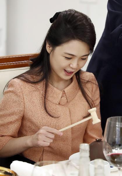북한 김정은 국무위원장의 부인 리설주. /한국공동사진기자단