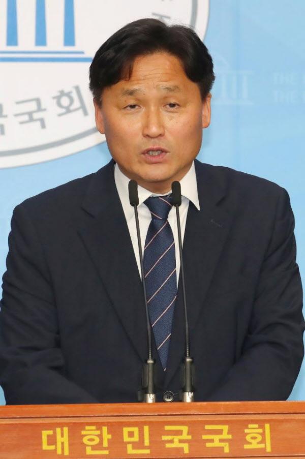 더불어민주당 김영진 원내총괄수석부대표. /이덕훈 기자