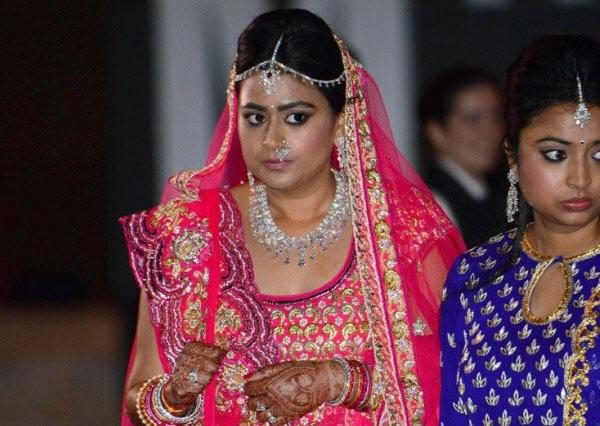 프라모드는 2012년 자신의 딸 결혼식을 위해 1000억 가까이 들여 저명한 요리사들과 하객들을 초청했다./타임스오브인디아