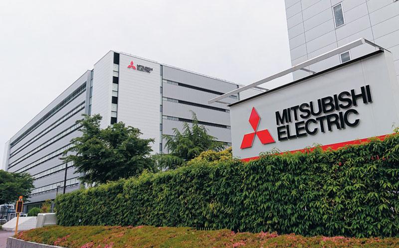 미쓰비시전기는 올해 영업이익 전망치를 전년의 절반도 안 되는 1200억엔으로 발표했다. 전장 사업에 집중 투자한 것이 발목을 잡을 것으로 예상된다. 사진은 미쓰비시전기 나고야 제작소.