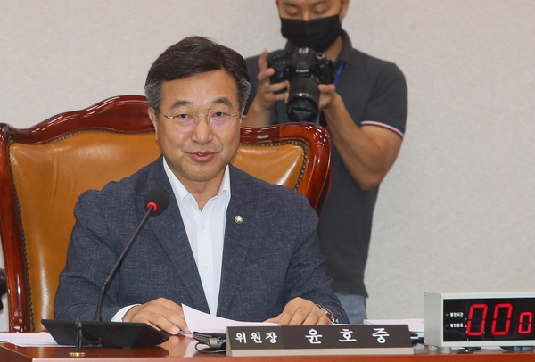 더불어민주당 윤호중 의원/연합뉴스