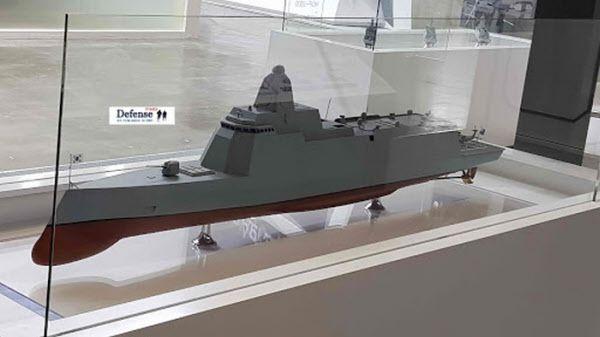 현대중공업이 지난해 10월 전시회에서 공개한 KDDX(한국형 차기 구축함) 모형./월간 디펜스타임스