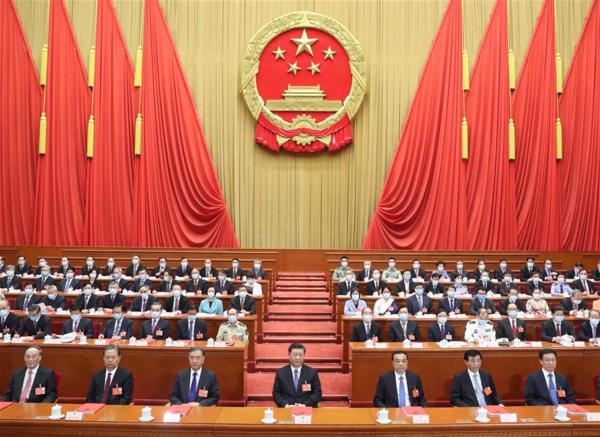 지난 5월 28일(현지시각) 열린 중국 전인대 13차 회의 현장. 맨 앞줄 가운데가 시진핑 국가주석. / 신화사
