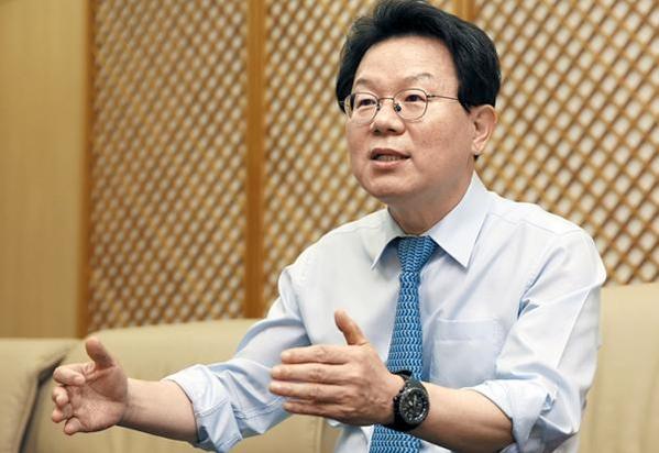 김광수 차기 은행연합회장, 산적한 은행현안 해결사될까
