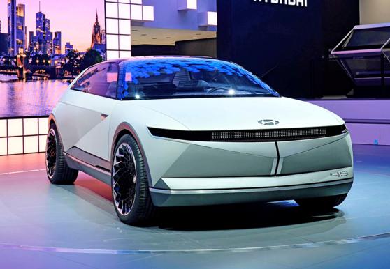 올해 출시될 아이오닉5의 기반이 되는 현대자동차의 전기 콘셉트카 '45'./현대자동차