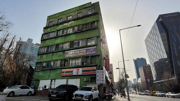서울 서대문구 충정로3가에 자리한 '충정아파트'. /최상현 기자