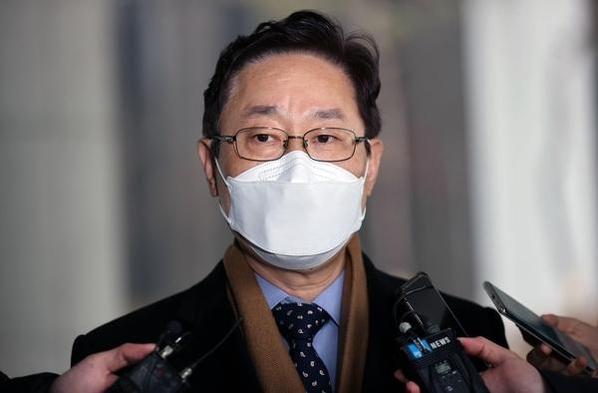 """박범계 """" '윤석열이 검찰을 지나가는 건 아니에요 … 최선을 다 했어."""""""