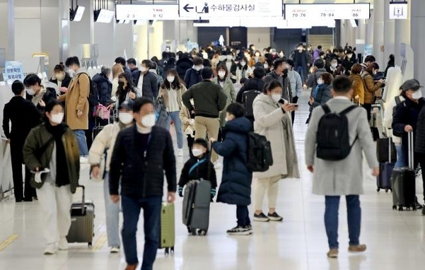 귀가가 막히면 관광지나 스키장으로가 … 설날 '점멸 확진 자'증가 가능