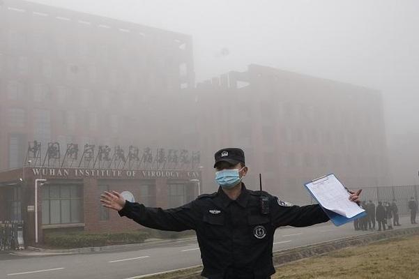 "WHO""중국 최초 코로나 바이러스 진단 2 개월 전 비슷한 증상으로 입원 한 92 명"""