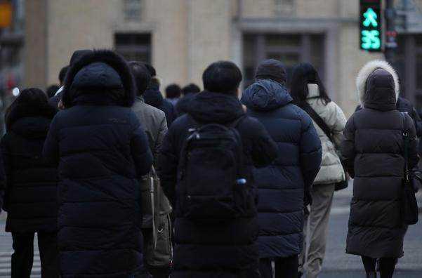 서울에서 출근길에 체감 온도가 영하 15도 이하 … 전라 · 제주에 눈이 많이 내린다