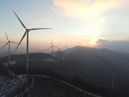 태백 가덕산 풍력단지 전경. /코오롱글로벌 제공