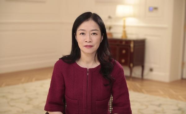 첸 리팡 화웨이 홍보·대외협력 부문 총괄 사장이 22일 기조연설하고 있다. /화웨이
