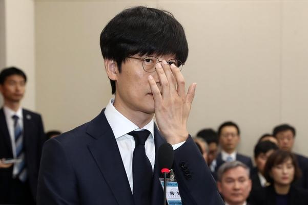 """일본 '라인'개인 정보 유출 논란 … 이해진 테스트 벤치""""해외 사업에 걸었다"""""""