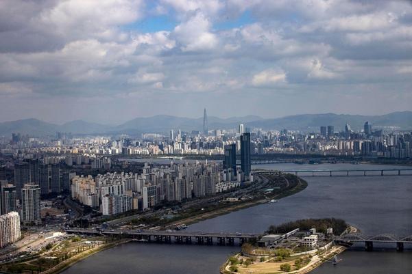오늘 날씨 '맑음'… 일차 기온차 20도 정도